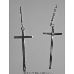 Aretes de cruz mediana lisa