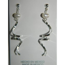 Aretes de serpentina con perla natural