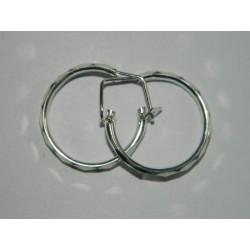 Arracadita circular facetada | 2.3 cm | 2.2 gr