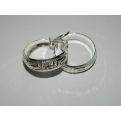 Arracadas circ. 2 cm | 3.2 gr. de grecas diamantadas