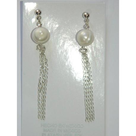 Aretes de adre perla y triple cadena