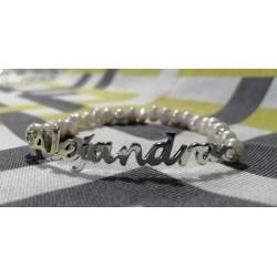 Pulsera Perla natural con letras personalizadas de una fila